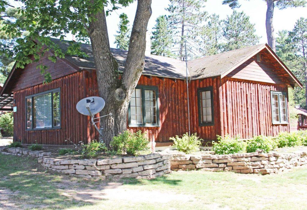 cabin-2-exterior