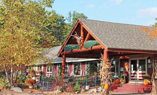 eagle-waters-resort-restaurant-entrance