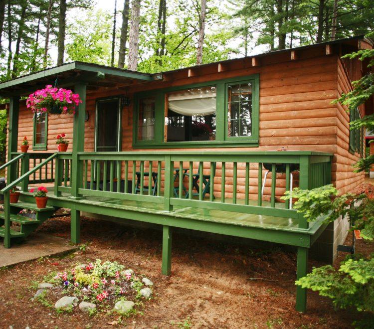 main-lake-view-cabins